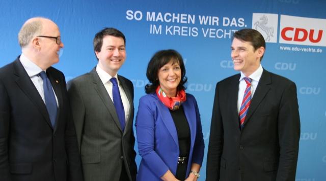 von links: Dr. Stephan Siemer, Jochen Steinkamp, Petra Hellmann, Dr. Stefan Gehrold.