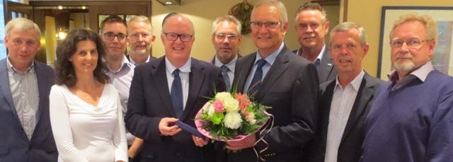 Der CDU-Kreisvorstand verabschiedete den CDU-Europaabgeordneten Professor Dr. Hans-Peter Mayer aus dem Vorstand und dankte ihm für seine Arbeit für die Region.