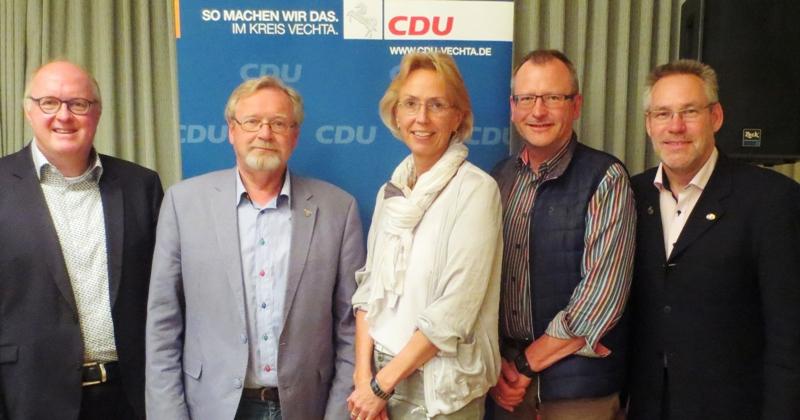 Dr. Stephan Siemer (Vechta), Norbert Bockstette (Lohne), Sabine Meyer (Dinklage), Thomas Hoping (Bakum), Walter Goda (Damme); 5 der 60 Kreistagskandidaten der CDU.